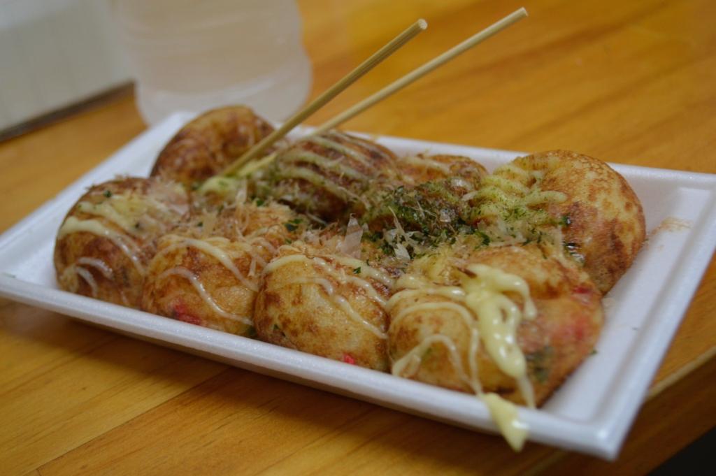 Takoyaki with plain cheese topping