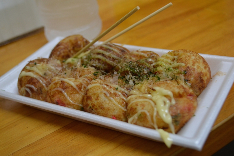 Takoyaki with plain cheese topping