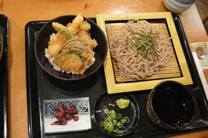 J's meal at Sameki Udon- cold soba noodles with shallots and dipping sauce, with prawn and vegetable tempura on a bed of rice