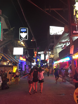 Laneway of nightclubs on Chaweng Beach Road- Sweet Soul and Green Mango were located in this laneway, while Sound Hotel was around the corner, and Ark Bar was across the road