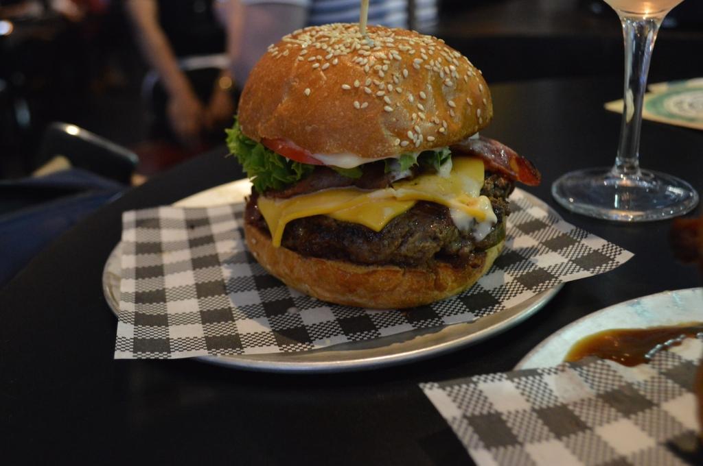 sydney restaurants bar luca